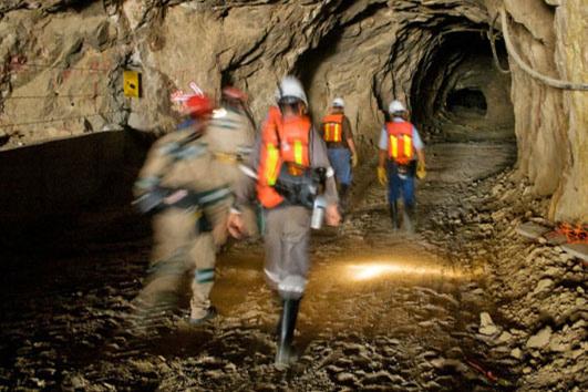 含铜含金废料20吨-「黄金废料熔金」