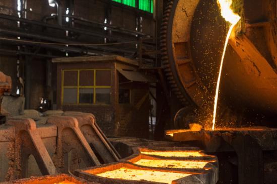 提炼一吨电路板的利润-「手机黄金提炼」