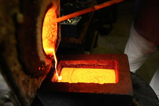 中国铂钯铑提炼厂-「贵金属废品回收」