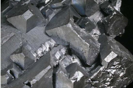 目前铂催化剂回收一斤多少钱-「氧化铂回收」