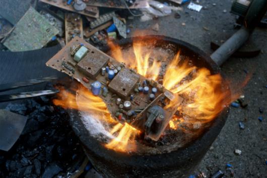 乌鲁木齐通讯设备器材回收-「乌鲁木齐通讯线路板回收」