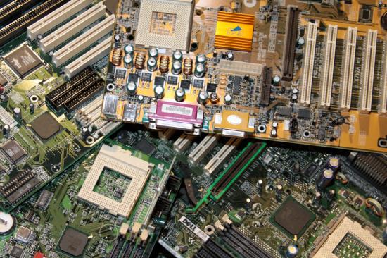 宁夏通讯线路板回收-「宁夏通讯设备器材回收」