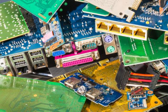 黑龙江通讯线路板回收-「黑龙江通讯设备器材回收」
