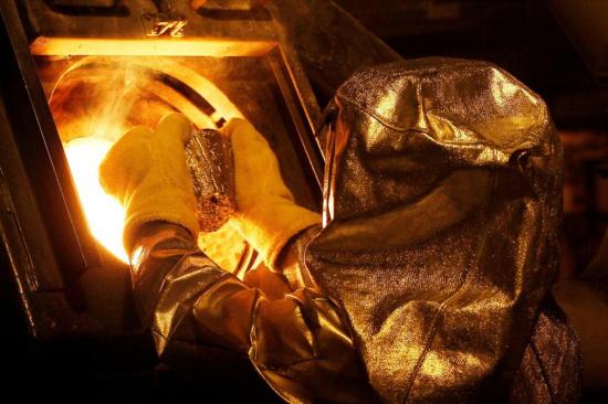 金矿石怎么提炼黄金-「500克沙金提炼黄金」