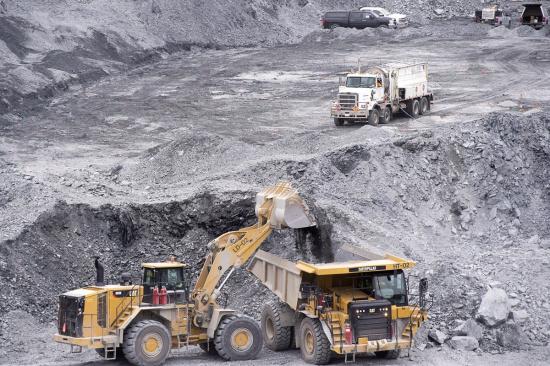 一吨金矿石可以提炼多少金子-「金子怎么提炼出来」