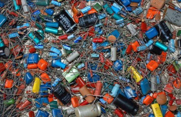 线路板厂设备回收多少钱一吨-「线路板回收价格怎么算」