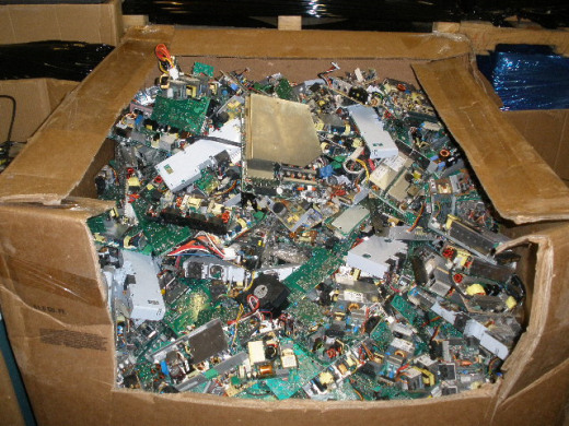 市场废电路板多少钱一吨-「废旧回收pcb板」