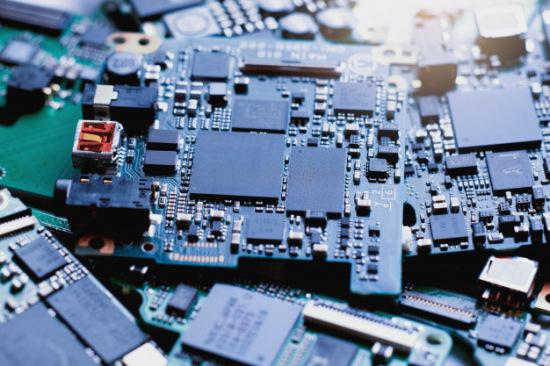 电路板回收多少钱一斤了-「电路板100元一斤吗」