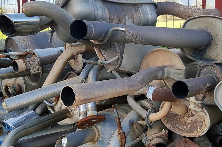 三元催化粉末多少钱一斤的-「旧三元催化回收价格表」