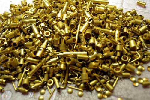 镀金针1斤能出多少金子-「镀金废料50元一斤」